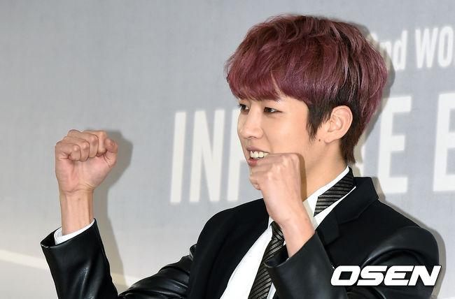 最近韓國網友也發現…INFINITE在中國表演時,成員成烈表演途中疑似舊傷復發,不僅不時用手扶著腰,表情看起來也很不舒服