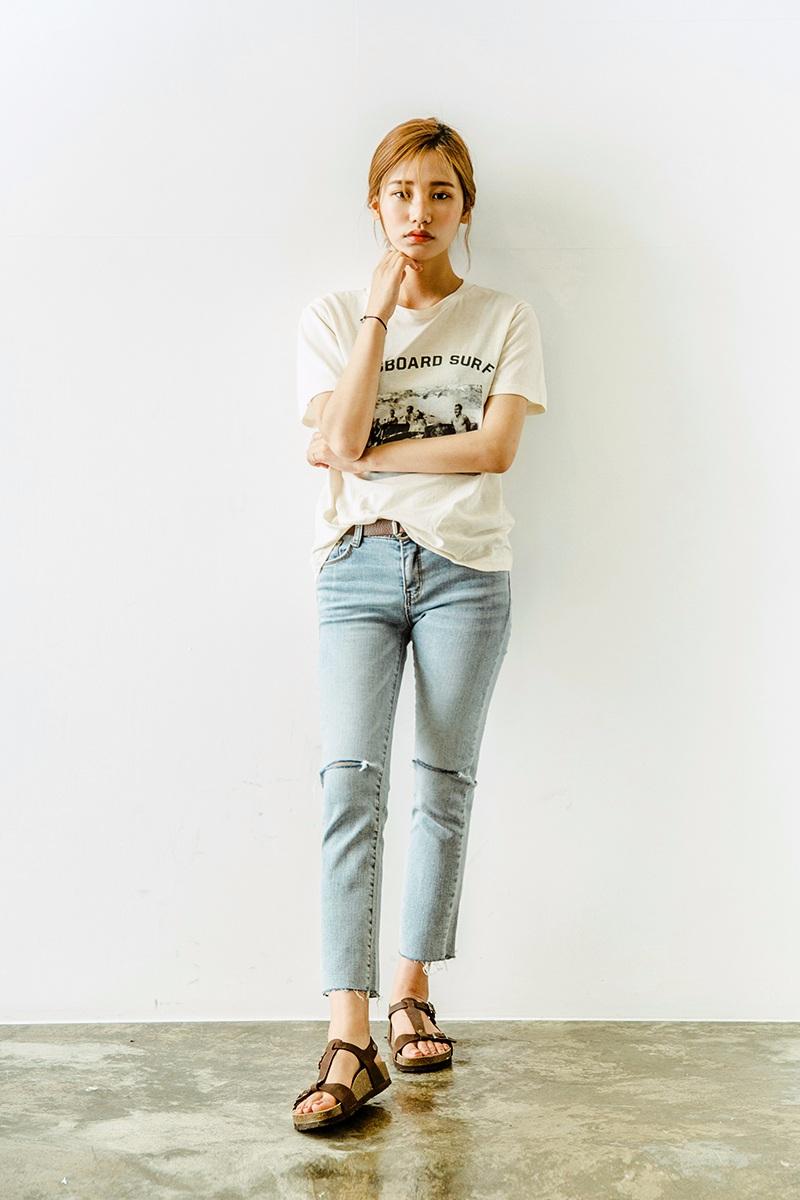 Style②皮腰帶 今年夏天韓妞還有一個重要的流行飾品就是皮腰帶,最近好多偶像都在跟進。