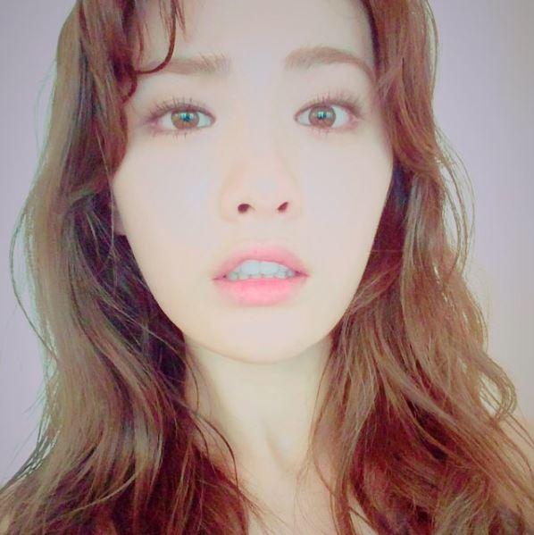 希望未來有一天Nana也能夠跟成員U-IE一樣成功挑戰正劇女主角的角色!
