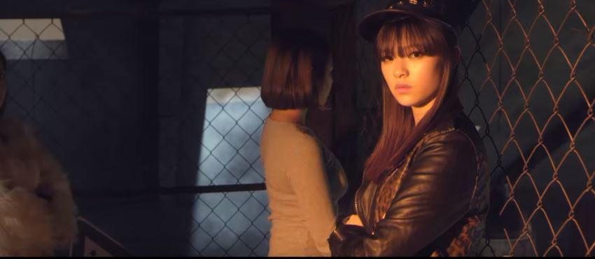 俞家三姐妹真的只是頭髮長短的差別,三個人都蠻有明星氣質的!(定延出道前在GOT7 MV中出現的畫面)
