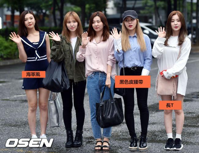 Red Velvet:海軍風、黑色皮腰帶、長T