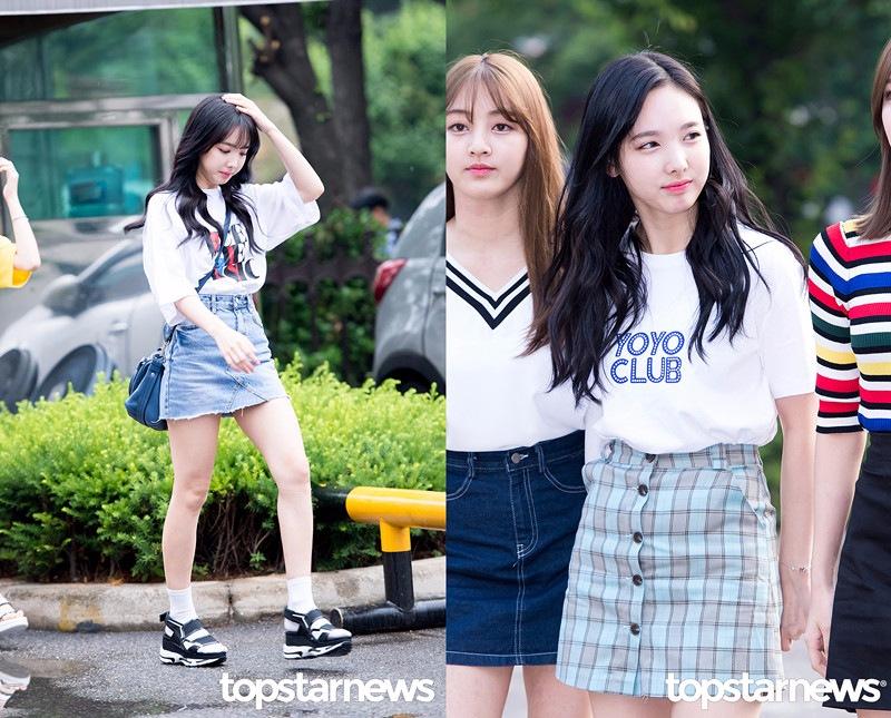 ♬娜璉:鄰家女孩般的清純 「 林三歲」不是白叫的,娜璉不管是從氣質還是穿搭都透露著鄰家女孩般的清純感。白色的字母T搭A字裙,簡單大方,也是韓國女高生和女大生最愛的穿搭。