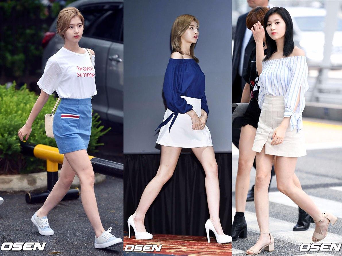 ♬Sana:露肩的小性感 今年夏天韓妞流行的露肩裝,Sana都有嘗試,有全露的一字領,也有微露一邊肩的小性感。根據搭配的鞋子也能穿出運動休閒和成熟性感兩種風格。