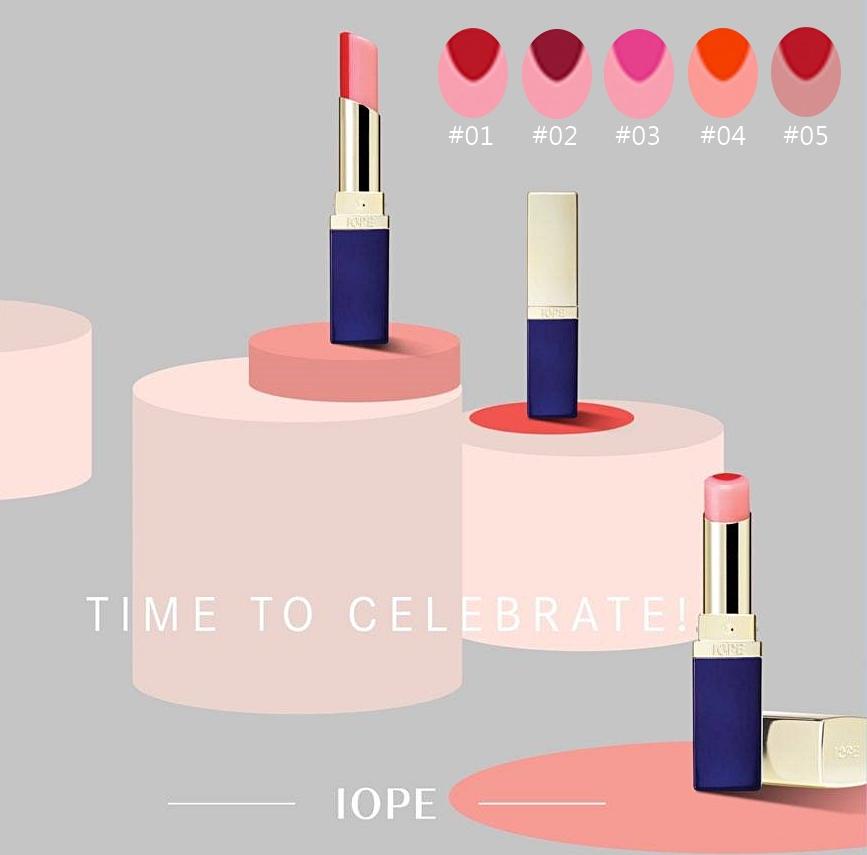 ▶IOPE 月蝕唇膏 IOPE最近超越氣墊粉餅,成為代購瘋搶的單品,就是這隻月蝕唇膏! 恰到好處的雙色,讓嘴唇呈現自然迷人的花瓣色調,共推出5個實搭色號,保濕度也很優秀!