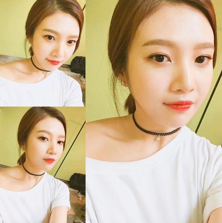 然而前陣子也瘦了許多、美貌受到網友們大力讚美的Joy,最近在大韓民國科學創意節表演時,粉絲們發現Joy居然瘦到裙子都還要用別針別住?!!!!