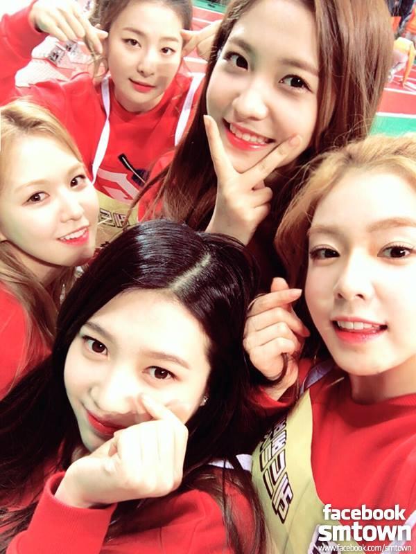 說網友說「被致敬」的團體則是預計今年秋天會回歸的團體Red Velvet