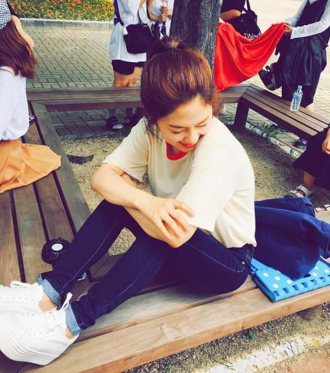 2014年參加SBS《Kpop Star4》,因唱功出眾與外貌清秀,還被稱為「小高賢廷」。