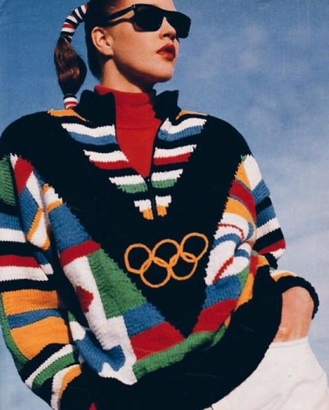 運動服時尚如今已經是時尚圈很重要的一環,奧運制服系列上市也老早就被搶光,是不是覺得時尚的影響力無遠弗屆呢?那今天的介紹就到這邊啦~