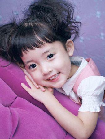 發摟韓劇很久的人應該都還記得她吧!!!!!!! 是2005年電視劇《美妙人生》裡的馨菲呀~~