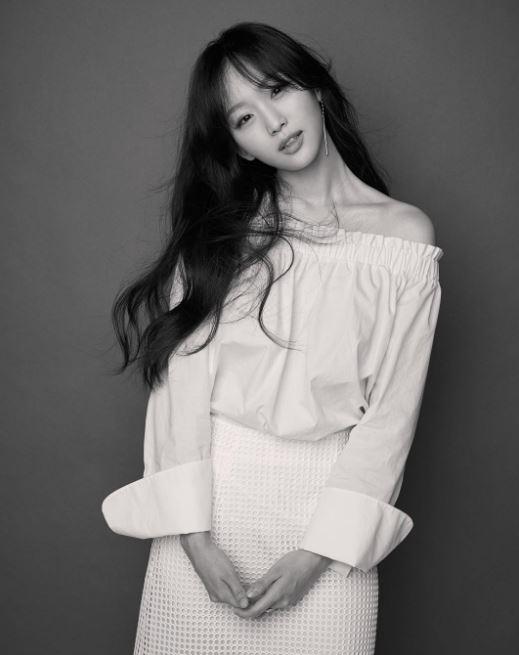 想鑑定她和太妍的相似度有多少,不妨鎖定《步步驚心:麗》或是仍在播出中的《GOOD WIFE》喔~