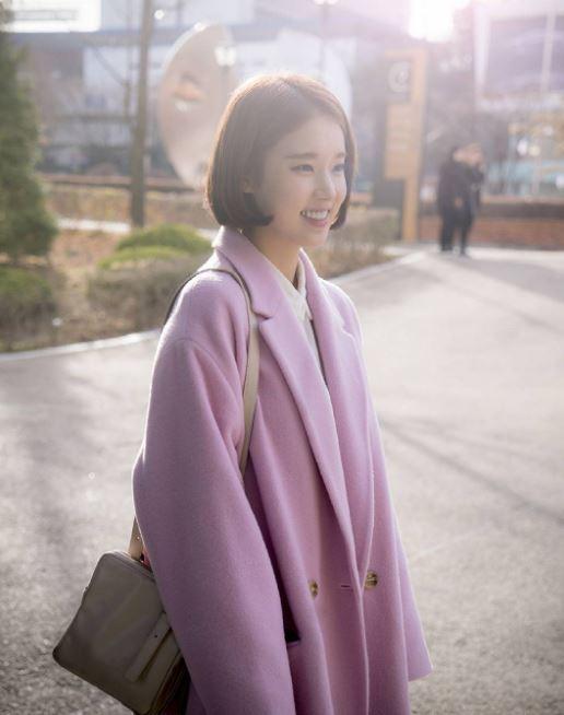 在《任意依戀》之後,朴煥熙將出演SBS水木劇《嫉妒的化身》,這次挑戰演富二代的角色,在劇中是財閥家的女兒,並為SBC電視台九點檔新聞女主播-金秀晶。