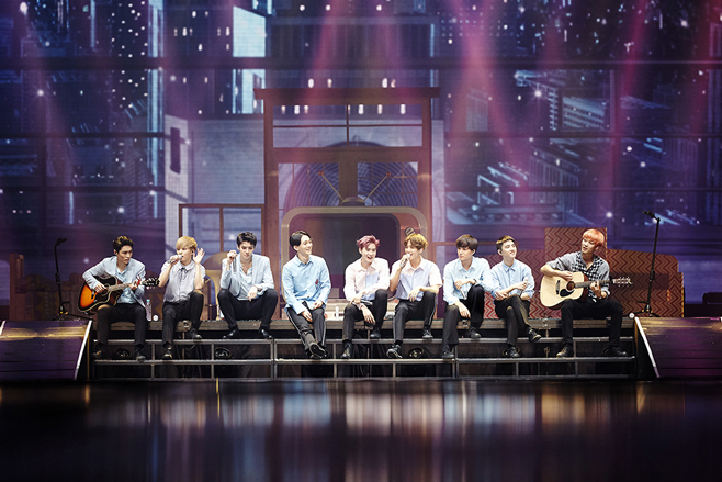 EXO的正規3輯Repackage《LOTTO》終於要在今天晚上12點公開了