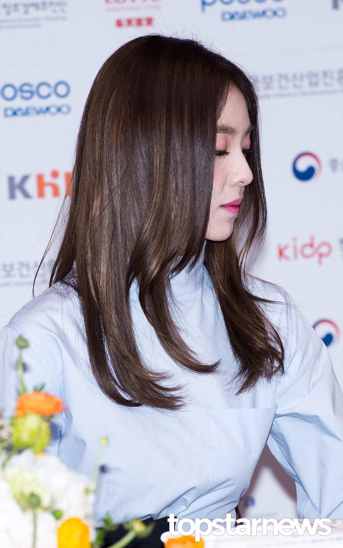 Irene的鼻子真的是堪稱完美,大部分亞洲人的鼻子能生得高已經不錯了,但她鼻樑的弧度和翹翹的鼻尖只有西方人常見,很靈氣。