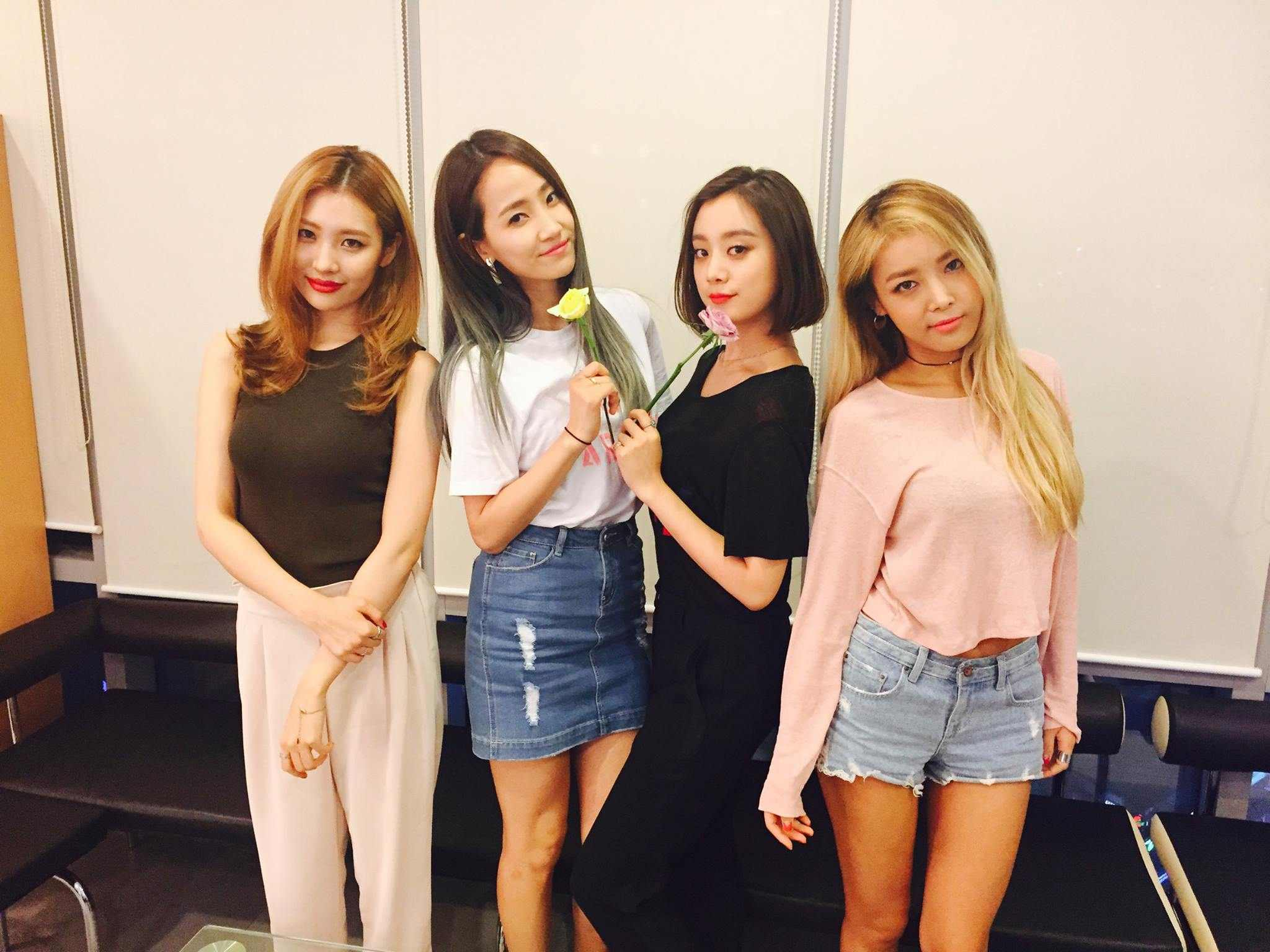 是的!這個為了「考驗人類意志」而生的團體就是Wonder girls,雖然現在Wonder girls以K-POP來看影響力確實是不如少女時代,但是她們創下許多成績,可是到現在還是難以打破的