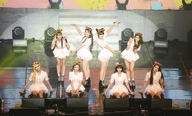 第2組女團就是最近人氣不斷上漲,連EXID 哈妮也超愛的Oh My Girl