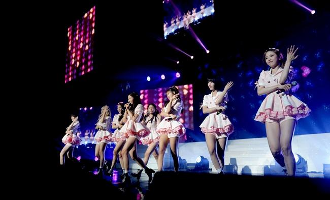 出道不到1年舉辦演唱會對女團來說真的很不簡單啊~~~