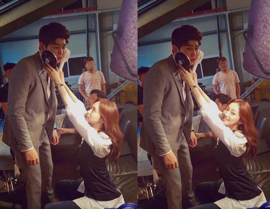 尤其結交了很多異性朋友,還入選了22日tvN的《名單公開》中「演藝圈中的異性朋友人脈富翁 」,最近還因為和《Doctors》中飾演「允刀」的尹均相劇外的甜蜜互動,而被韓國網友喊話「 在一起」