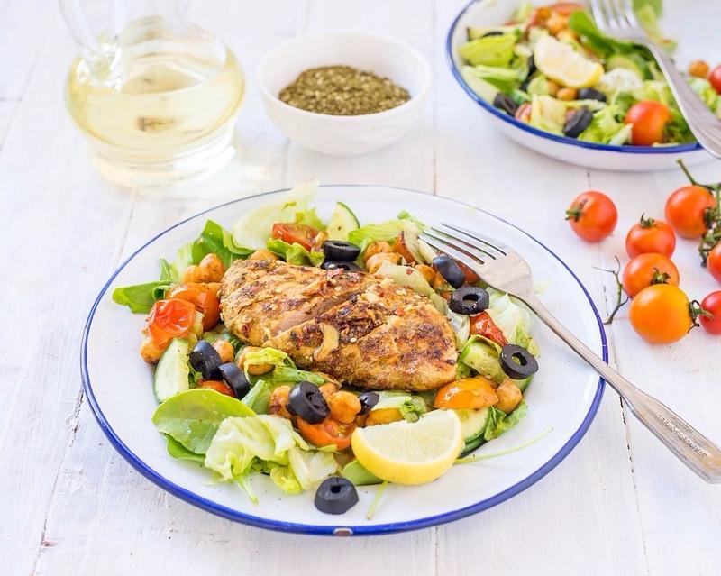 # 蛋白質攝取 還是不敢吃太多澱粉類的女孩就可以多吃點蛋白質食物,魚肉和雞肉都是很棒的選擇,放在晚上吃也不胖長肉唷