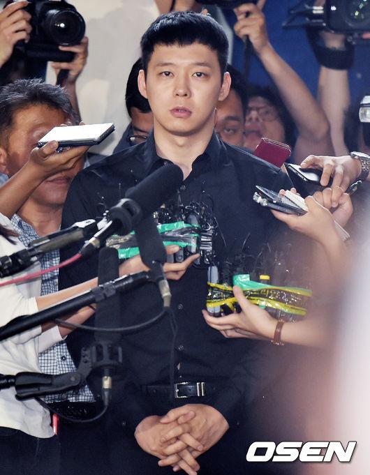 今年的韓國演藝圈不知吹什麼風,知名男藝人紛紛捲入性侵等的桃色疑問,除了JYJ成員朴有天,因涉嫌性侵多名女性而引起韓國社會的關注,目前全案仍在進行法律訴訟外