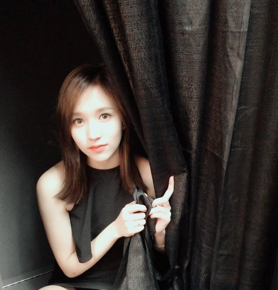 在韓國當女偶像真的很辛苦啊..不只要有顏值、實力,還要會體操(?)....希望Mina