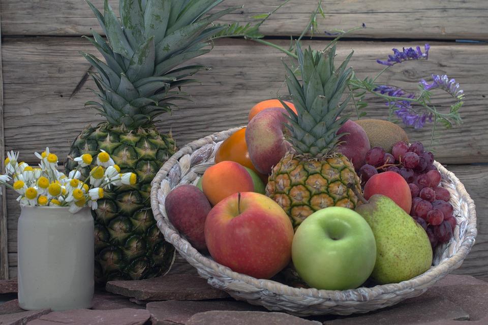 ✪ 吃水果 想要體味變得香甜,散發著一股幽香,可多吃芳香氣味的水果!如:柑橘、葡萄柚、鳳梨、香蕉和木瓜等。