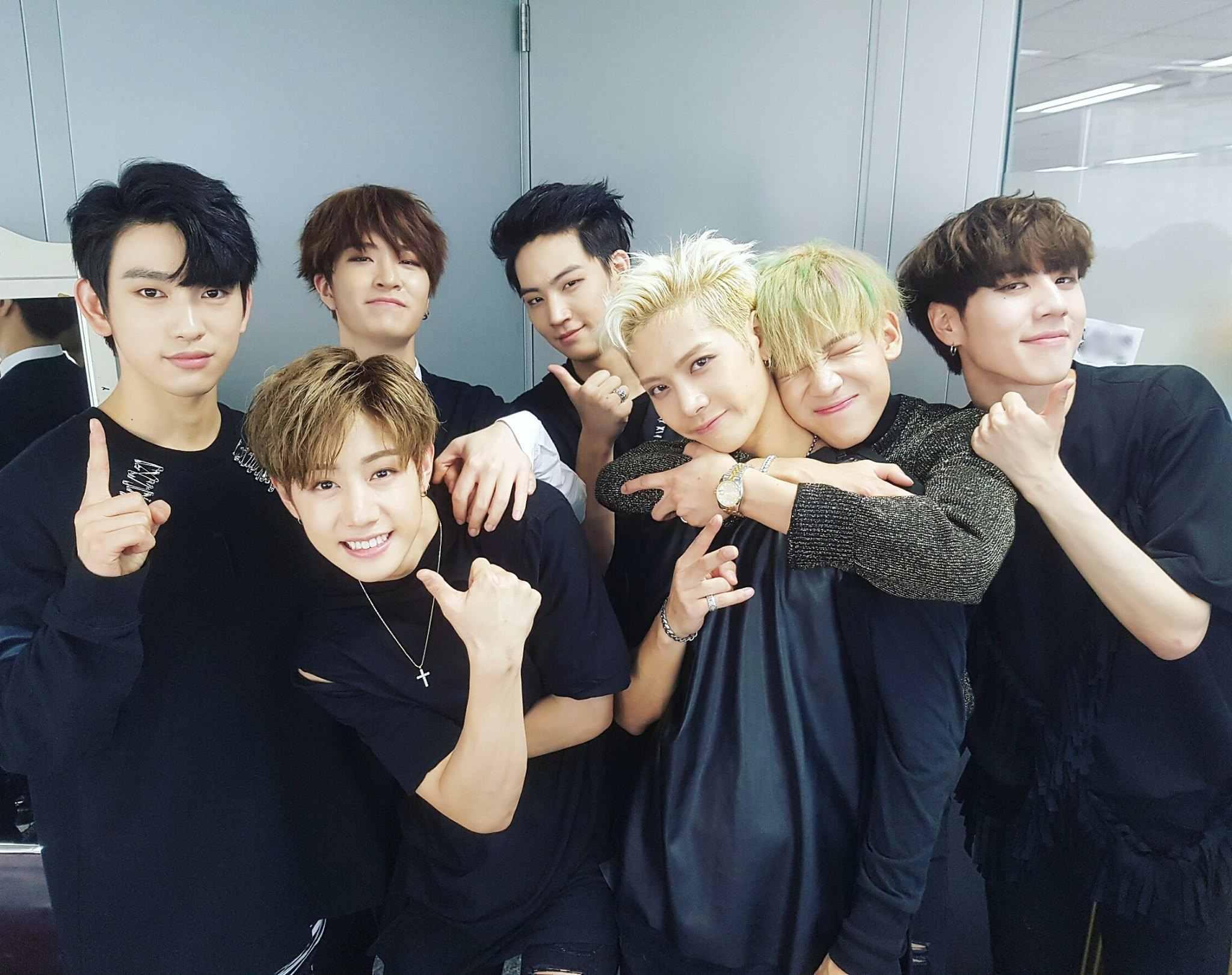 GOT7-榮宰 身為14年出道的新人團體,其實GOT7團體能有這樣的成績已經算是不錯的表現,不過大眾也可以很容易感受到他們在韓國各別成員人氣的差別,像是珍榮、Jackson就是無庸置疑的人氣成員