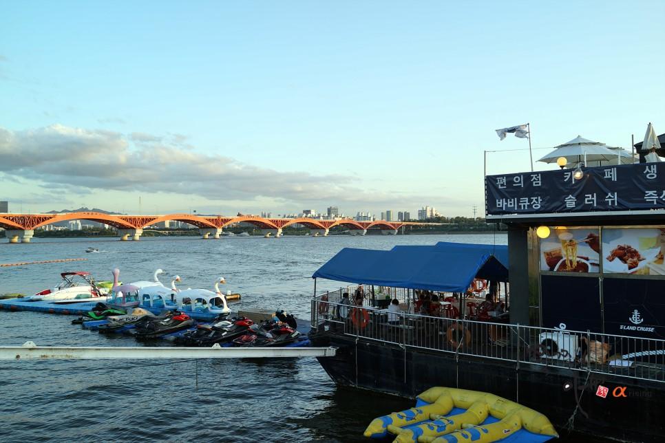 位置就在蘭芝漢江公園,這邊不只有可愛的踩鴨鴨船可以在假日或平時閒暇來感受悠閒~
